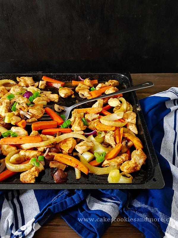 Hähnchen und Gemüse vom Blech - Poulet Fajitas