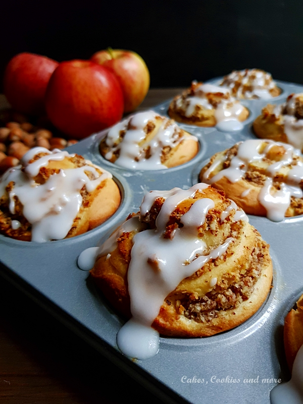 Rezept für Apfel-Nussschnecken aus Hefeteig