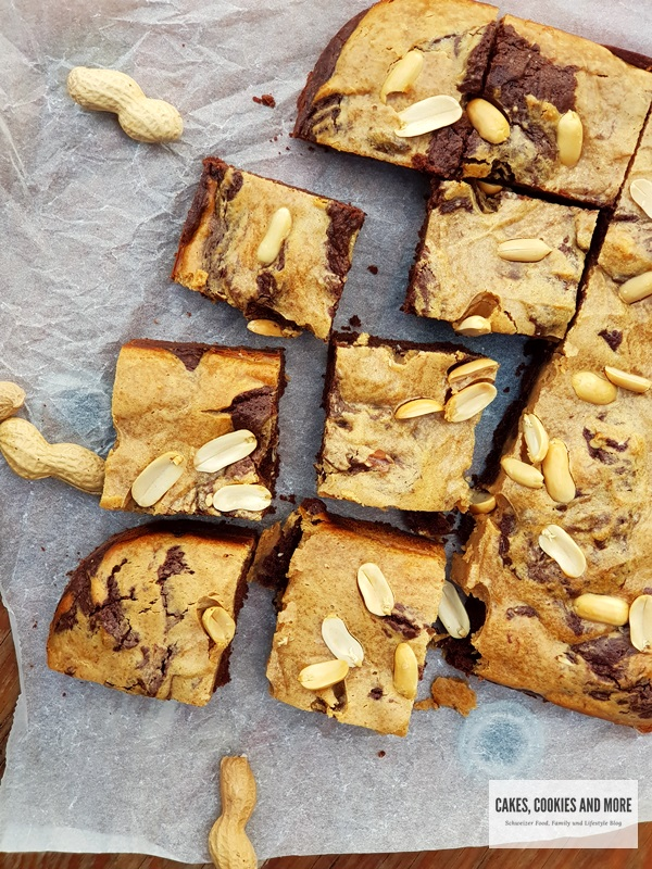 Cake-like Peanut Butter Brownies
